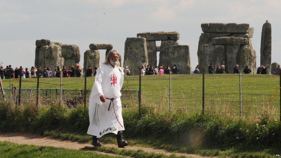 King Arthur Pendragon walks close to Stonehenge in 2009