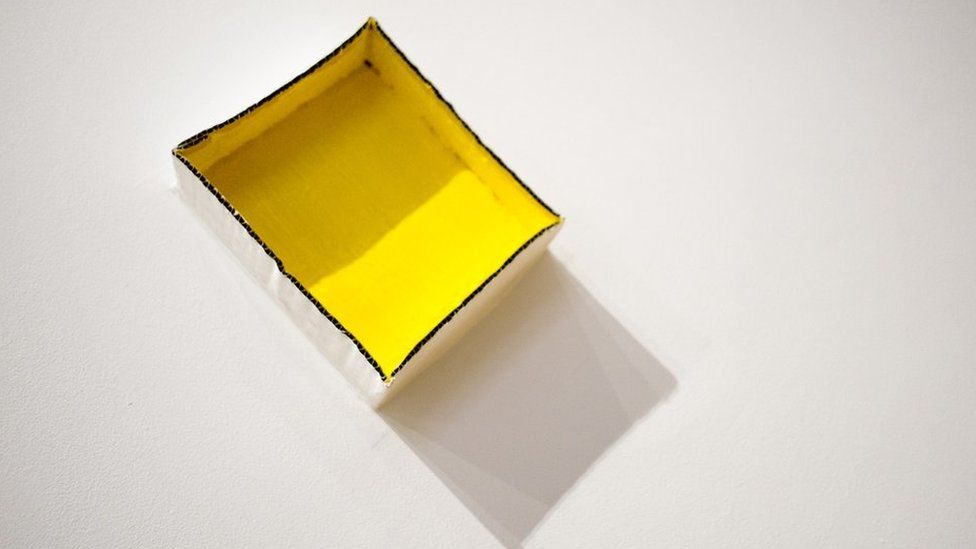 Rhan arall o waith Carlos Bunga // Cadmium Yellow Light Hue, another exhibit by Carlos Bunga