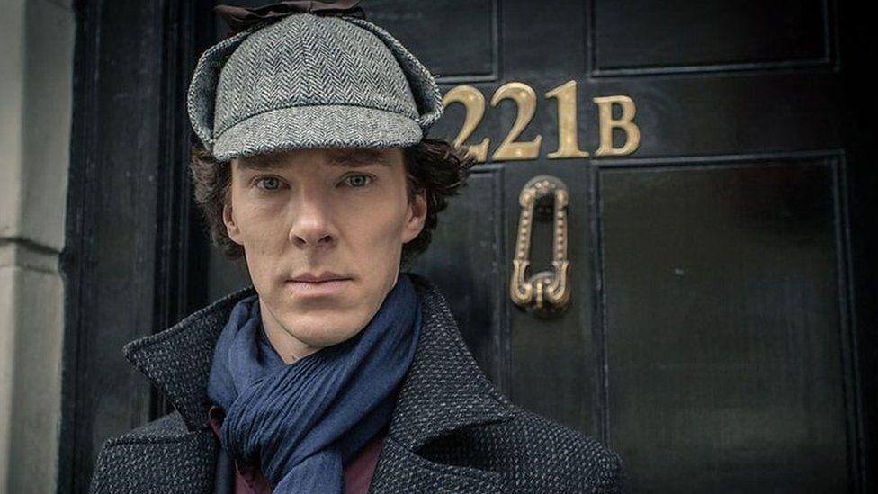 Fe enillodd Sherlock y wobr am y Ddrama Deledu orau yn 2012