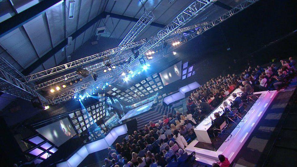 Neuadd Cân i Gymru 2011