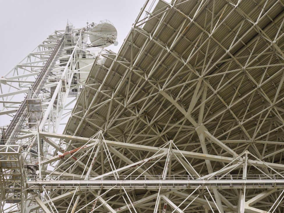 GBT - receiver horns capture radio waves from the dish