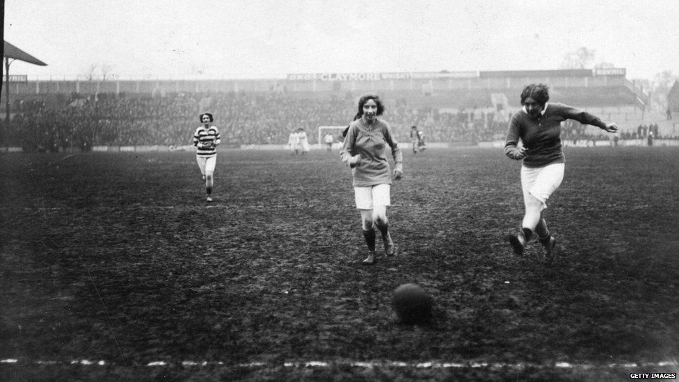 Theatrical Ladies Football match at Tottenham, north London, in 1912