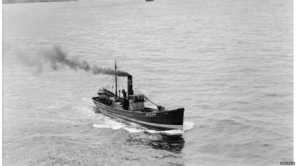 Bàt'-iasgaich faisg air a' Bhruaich 1939.