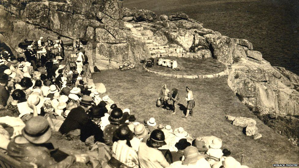 The first production at the new Minack Theatre in 1932