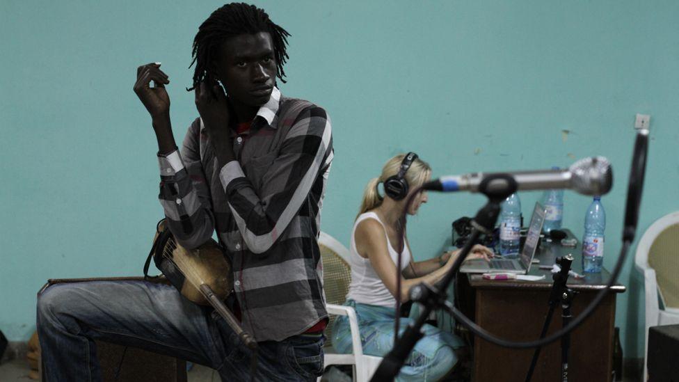 Artists in the studio. Photo taken by Manuel Toledo, BBC Africa