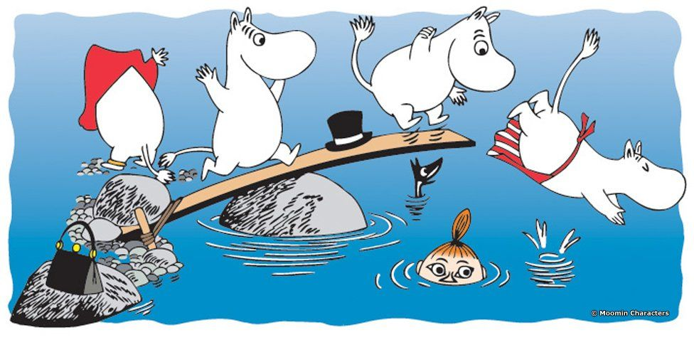 Moomins playing in the water
