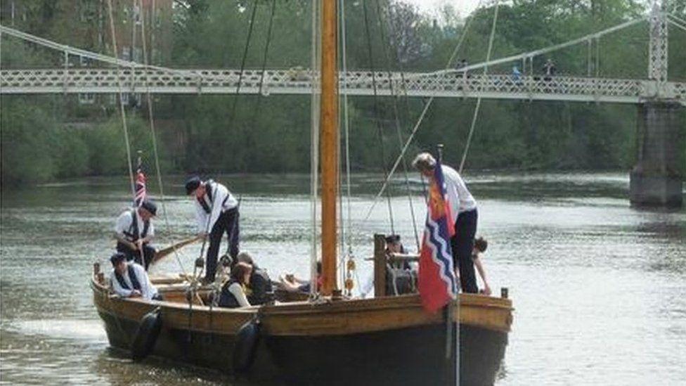 Sailors on the Trow