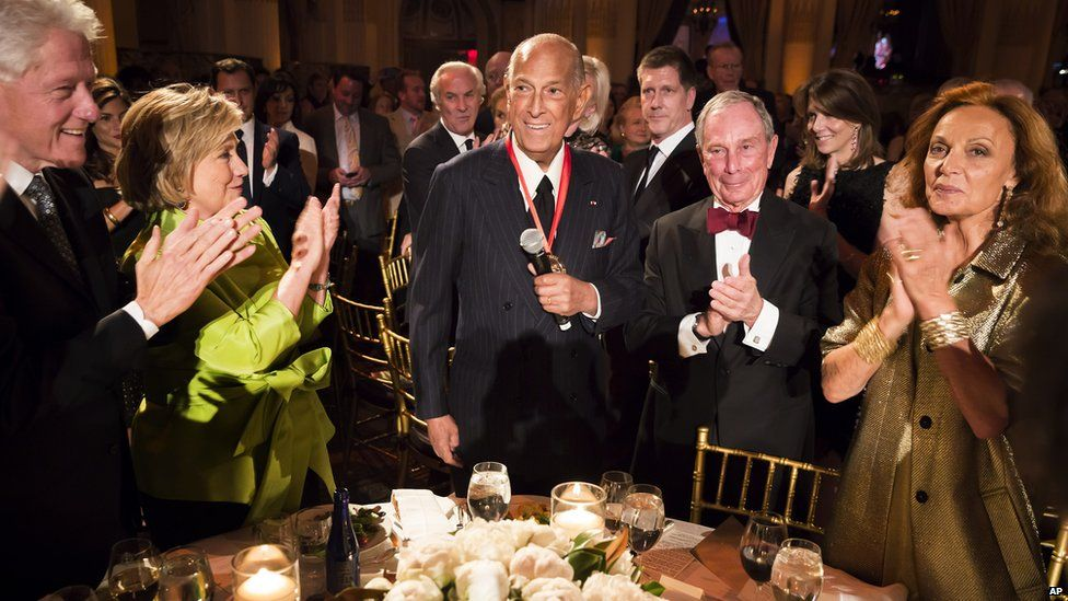 Oscar de la Renta at Carnegie Hall with former President Bill Clinton, former Secretary of State Hillary Rodham Clinton, former New York Mayor Michael Bloomberg and fashion designer Diane von Furstenberg at the 2014 Medal of Excellence Gala in New York