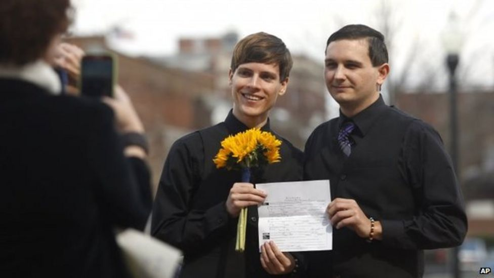 Alabama gay marriage rollout in chaos