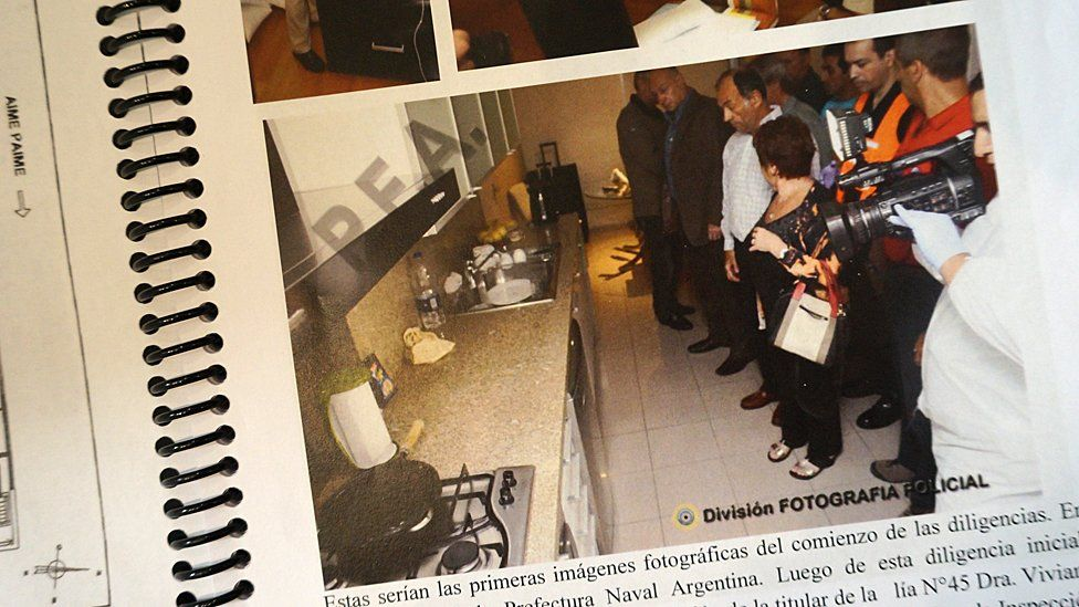 People in Nisman's flat after his death