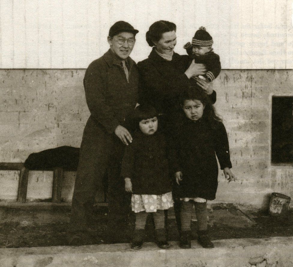 Helene Thiesen (bottom left), with her parents and siblings