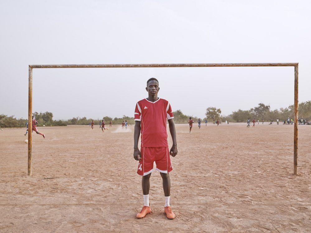 Mbaye Ndong, Footballer