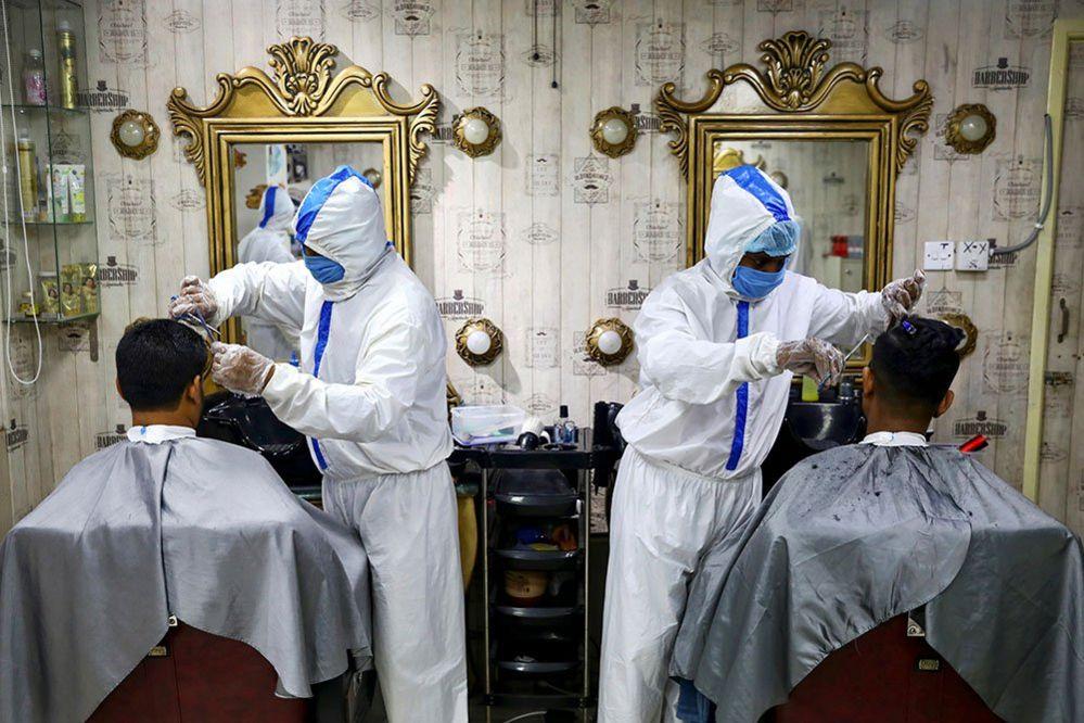 Barbers in Dhaka
