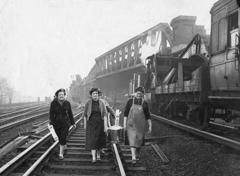 Emergency Feeding - Lewisham Train Crash