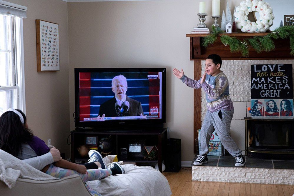 Family watching inauguration