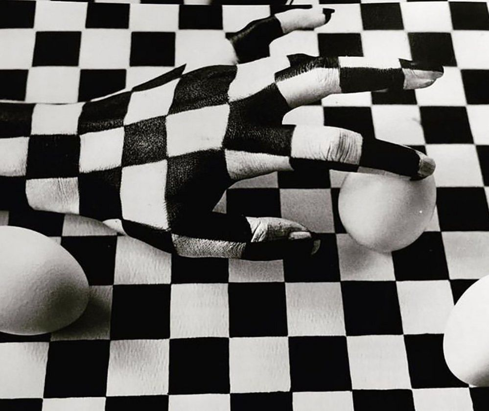 Checkerboard hand