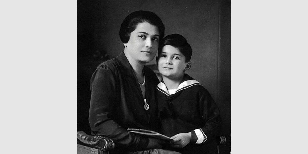 Edward Herzbaum/Hartry with his mother