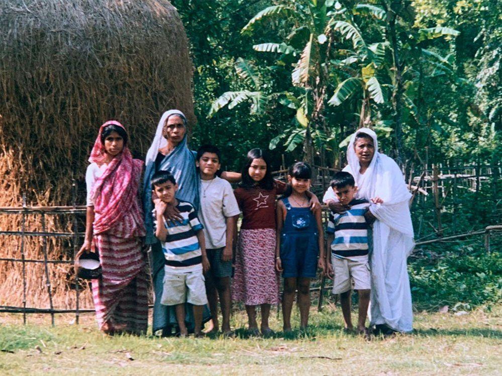 Qasa's brother, sister, cousins and grandmother