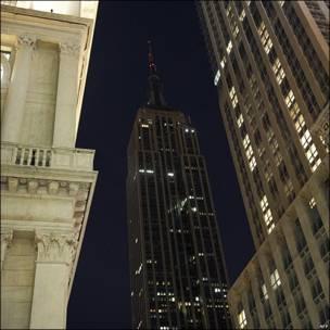El Empire State en Nueva York con las luces apagadas