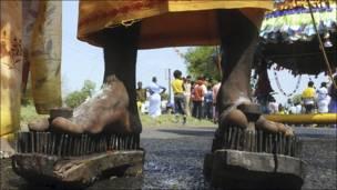 Participantes en el festival Panguni Uthiram de Bhopal, India