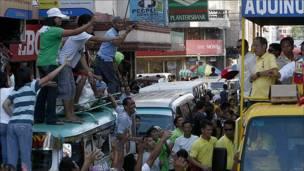 """Benigno """"Noynoy"""" Aquino III en un acto de campaña electoral en Filipinas"""