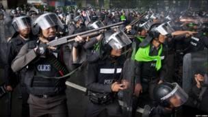 Таиландские полицейские