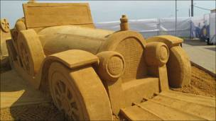 Скульптура из песка художника Марка Стивена Андерсена