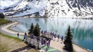 Entrenamiento de selección francesa en los Alpes