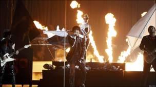 Grupo ensayando para Eurovisión