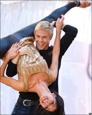 """Derek Hough y Nicole Scherzinger en """"Bailando con las estrellas"""""""