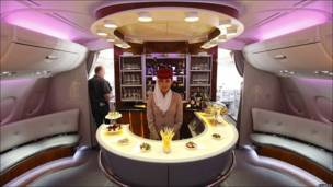 Primera clase en avión Airbus 380 de la compañía Emirates Airline
