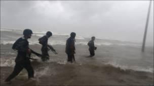 Soldados en playa de Tamaulipas