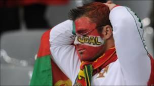 Футбольные болельщики в красках