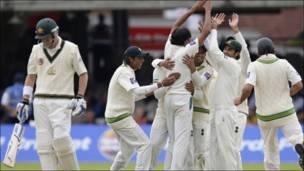 پاکستانی کھلاڑی خوش
