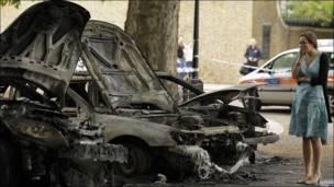 сгоревшие автомобили, лондон
