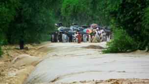 وفي ولاية خيبر بختونخوا خلفت الفيضانات 1400 قتيل و213 مفقودا