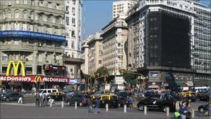 Cartelería de Buenos Aires Punto Obelisco, ideado por el ayuntamiento como atracción turística para la capital de Argentina.
