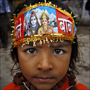Joven devoto hindú
