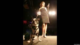 """Pupsight"", collarín para perros que toma fotografías, de Eng y Albinski"