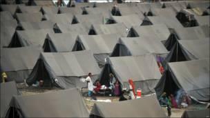 Campamento de damnificados en Pakistán