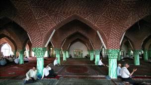 مسجدی در بازار تبریز