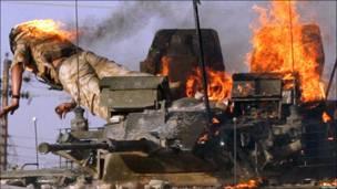 ग़ुस्साए इराक़ियों का हमला