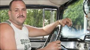 Ignacio Cartaya, taxista.