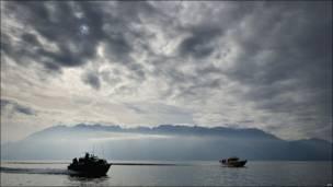 Патрульный катер на Женевском озере