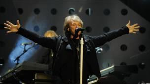 Actuación de Bon Jovi