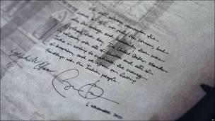 La dedicatoria de Barack Obama y su esposa Michelle a las víctimas de los atentados en Bombay.