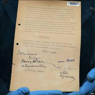 El documento final con la condena