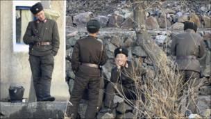 उत्तरी कोरिया के सैनिक