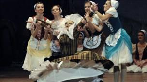 Танцор Александр Комаров в Будапеште
