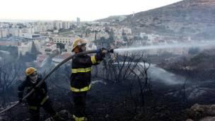 أدت الحرائق الى مقتل اثنين وأربعين شخصا وإصابة نحو ستة عشر آخرين
